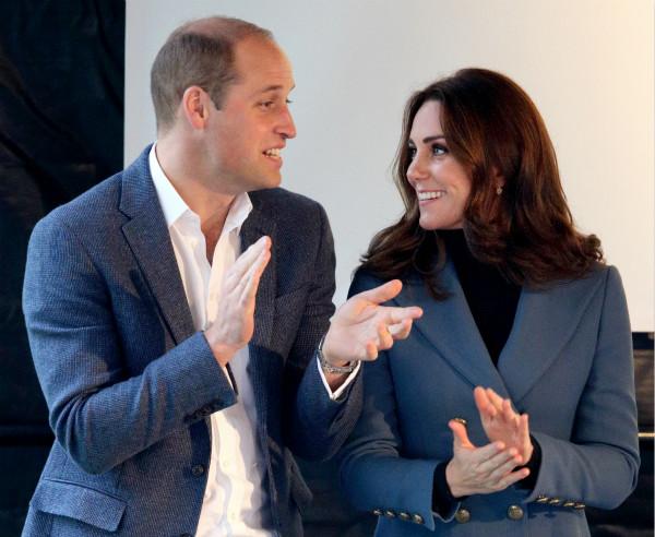 """威廉王子和凯特王妃真的叫夏洛特公主""""洛蒂(Lottie)""""!"""